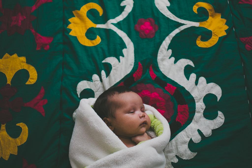 Santa_Cruz_Newborn_Shoot-8